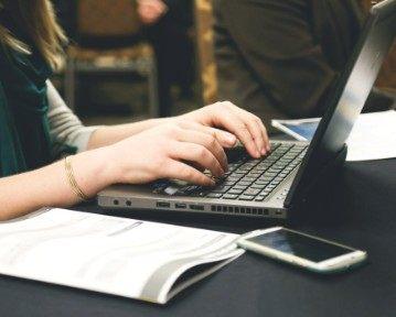 20 templates de CV InDesign gratuits à télécharger en ligne