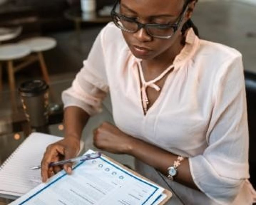 Phrase d'accroche de CV : 15 exemples de profils/objectifs CV
